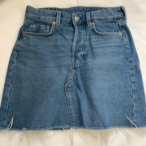 H&M denim mini skirt raw hem EUC